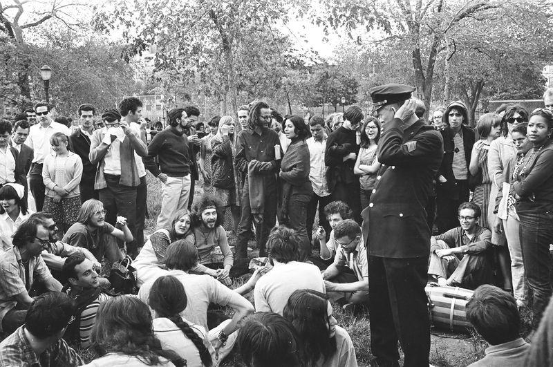 '67 Tmpkns Pk Riot 1 Nwswk Paris  Match